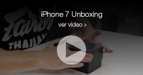 Unboxing iPhone 7